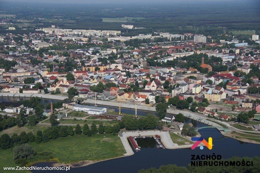 Nieruchomości Świebodzin - Atrakcyjna działka budowlana przy kanale portowym